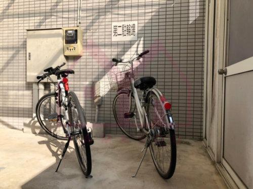 <b>《第二駐輪場》</b><br>